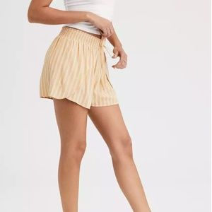 BNWOT⎜AE⎜High-Waisted Flowy Dolphin Short⎜Yellow / White Stripes